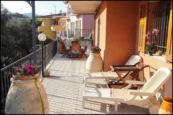 z. Bloemenriviëra Appartement Vescovo., een van onze vakantiehuizen in Toscane